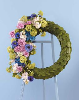 Colorful wreath spray